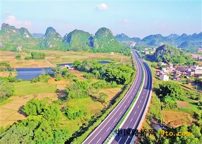 罗阳高速公路建设纪实:罗阳通高速粤西添坦途
