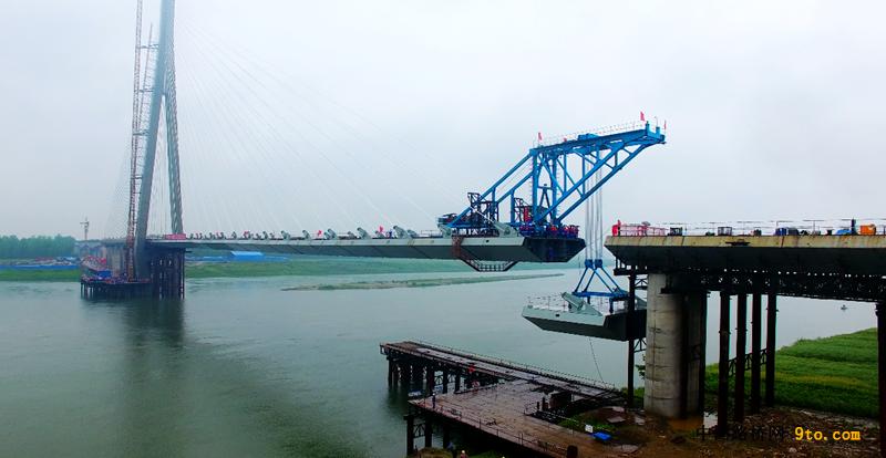 春风十里不如汉江有你--江汉铁路岳口汉江特大桥合龙