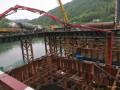 中铁十一局五公司阳安项目5号深水墩承台浇筑顺利完成