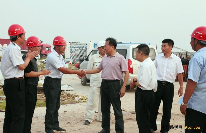 珠海市国资委,交通集团领导到洪鹤大桥项目检查指导
