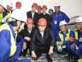 李克强来到拉萨:从机场直奔山南市川藏铁路拉林段施工现场
