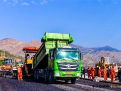 四川:攀大高速公路沥青油面试验路铺筑成功