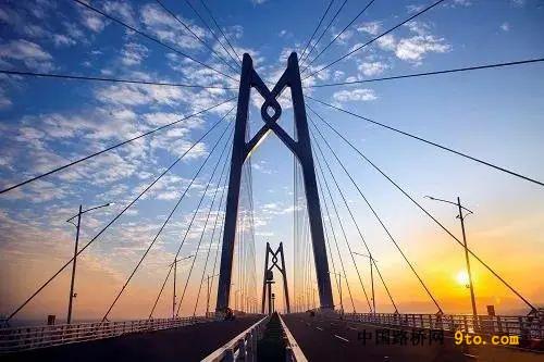 廣東:港珠澳大橋榮獲2020年國際橋梁大會首個超級工程獎