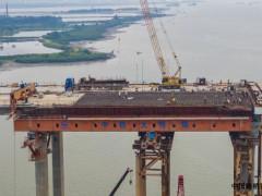 調順跨海大橋東岸引橋上部結構施工全部完成