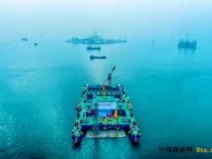 广东:深中通道沉管隧道安装破千米