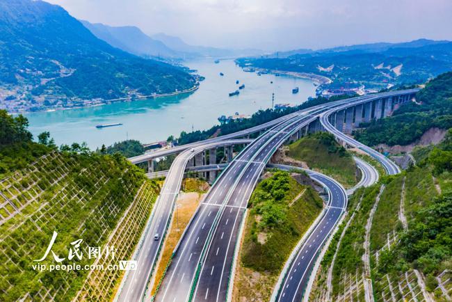 湖北:三峡翻坝江北高速公路即将通车